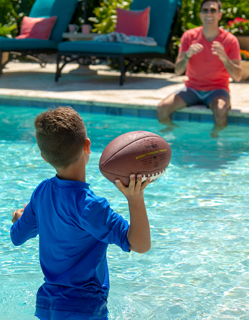 The playbook for a poolside tailgate!