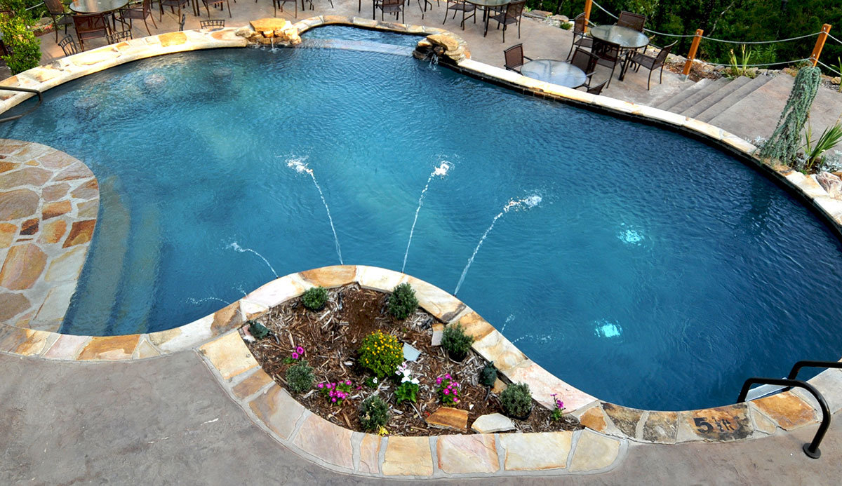 swimming pool Fountain installation