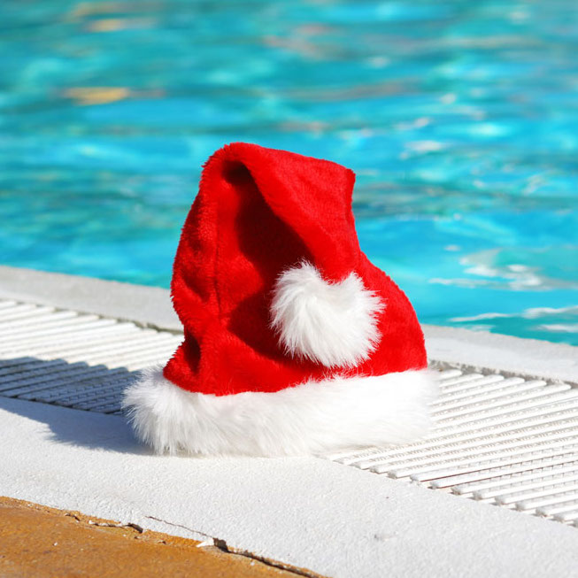 Create a poolside Christmas wonderland!