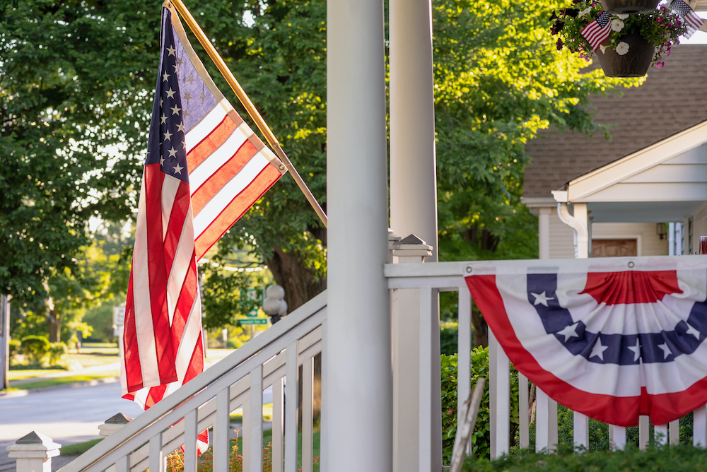 home-holiday-decor-july-4